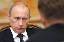 Putin_smotrit_sobesednik