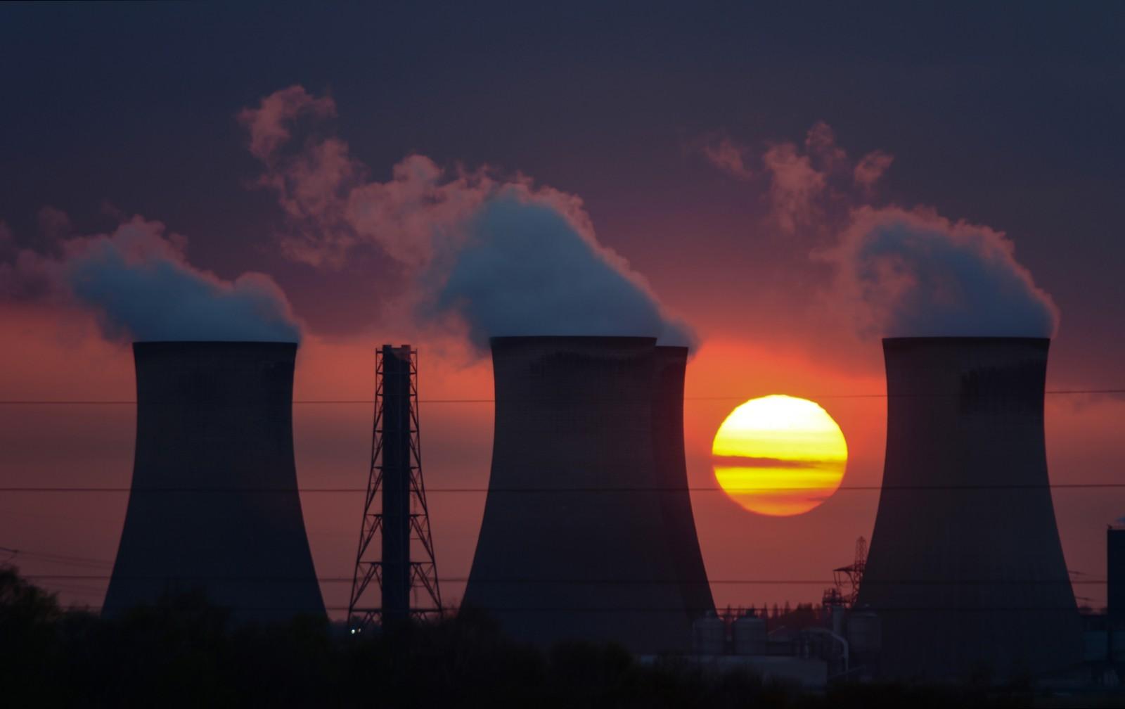 uk_chimney_sky_sun_industry_star_solar_nikon-906224.jpg!d