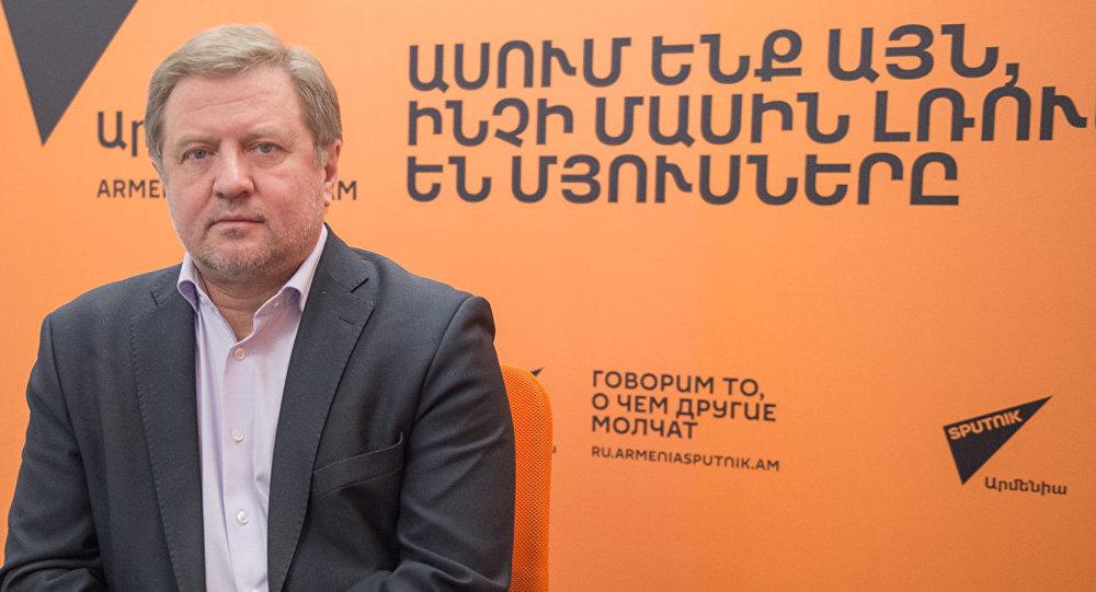 lepexin-o-prichinax-povysheniya-ceny-na-rossijskij-gaz-v-armenii
